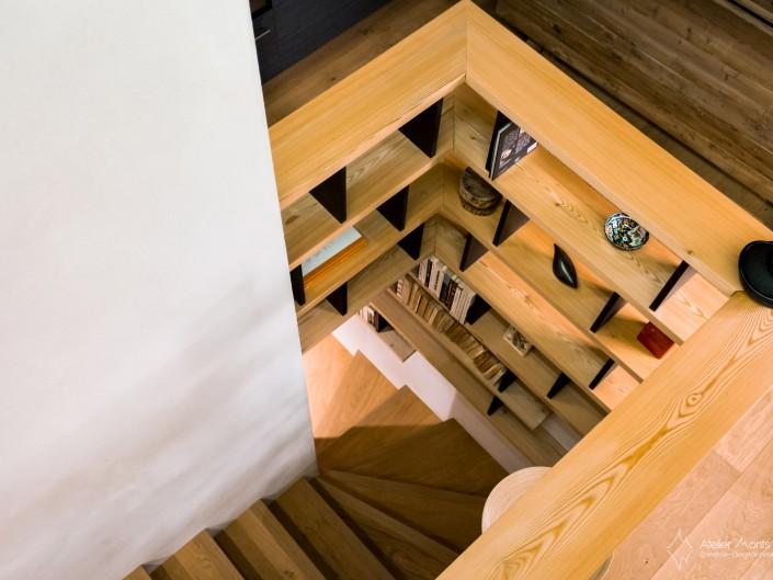 Appartement Vieux Village Escalier Atelier Monts & Merveilles Serre-Chevalier 2